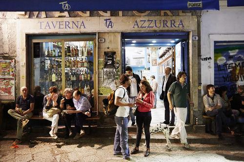Simon Watson_Vucciria Market Nightlife_Palermo_0045.jpg